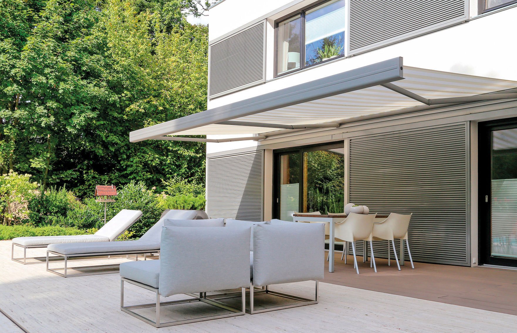 sonnenschutz f r drau en thoms sonnenschutztechnik gmbh. Black Bedroom Furniture Sets. Home Design Ideas